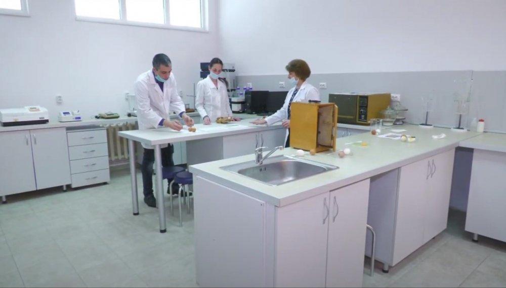 Центърът за качество на стоките и потребителска защита при ИУ – Варна с полезна информация за потребителите преди Великден