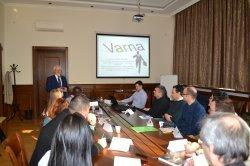 Семинар на доц. д-р Емил Хеленек с преподаватели от ИУ – Варна
